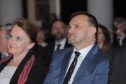 zloty-otis-2014-058