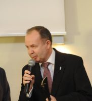 dr Jarosław Wanecki
