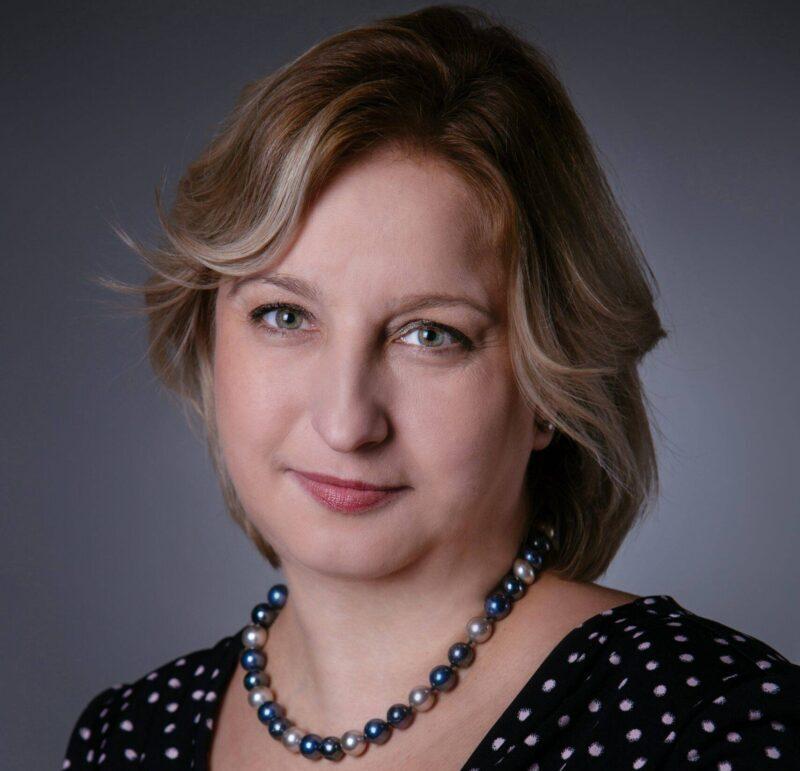 Prof. Karolina Sieroń: Bohaterka czasu próby: Inaczej patrzę na życie